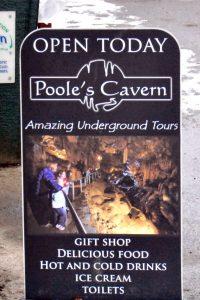 Fotografije, ki pritegnejo, Poole's Cavern, Anglija, 2013 (foto.: J. Sivec).