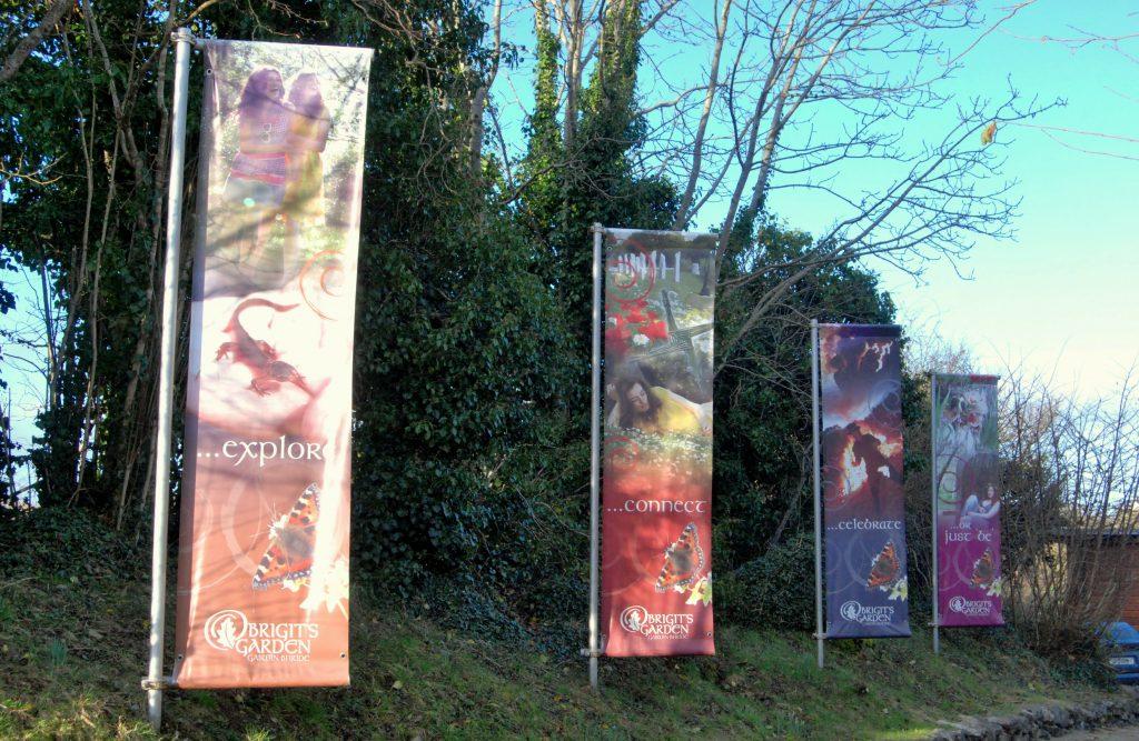 Transparenti, ki poudarijo vidnost dediščine, Brigit's Garden, Irska, 2013 (foto.: J. Sivec).