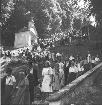 Romarska triada Sladka Gora – Tinsko – Sv. Rok v času velikega šmarna